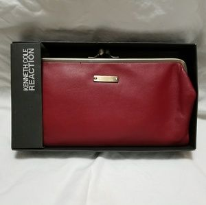 Kenneth Cole Reaction Clutch/Wallet